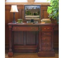 Маленький массивный компьютерный стол, цвет темно-коричневый, стиль - традиционный