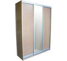 Встроенный шкаф-купе, цвет - бук, стиль - скандинавский минимализм