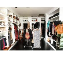 Большая гардеробная система, цвет - белоснежный, стиль - современный
