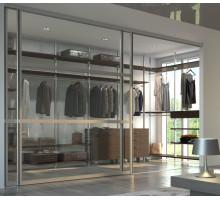 Просторная гардеробная с эффектными стеклянными перегородками, цвет - Дуб Торонто, стиль - современный