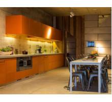 Кухня Буэнос-Айрес лофт, цвет - оранжевый